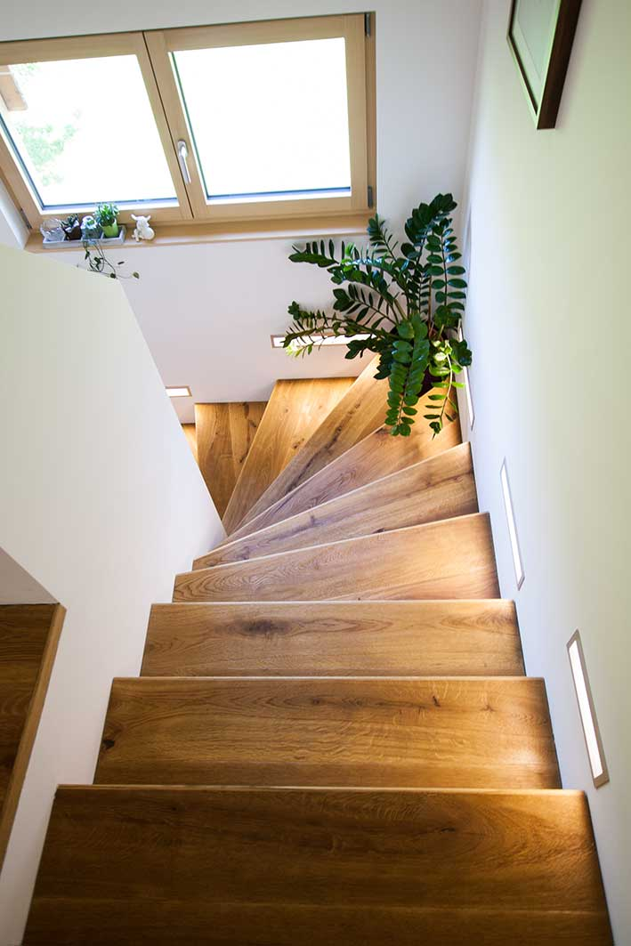 rustikaler charme mitten in ludesch bauwelt p mpel blog. Black Bedroom Furniture Sets. Home Design Ideas